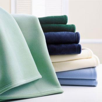 Blankets & Duvet Inserts