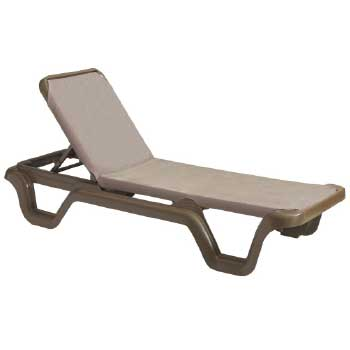Chaises & Deck Chairs